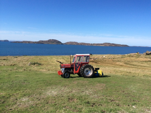 Achiltibuie Tractor